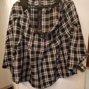 Torrid Plaid school girl skirt pleated size 2